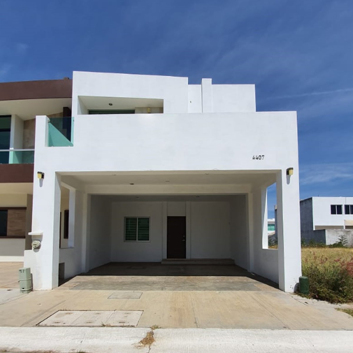 2 de 7: Casa en renta dentro de coto 6 en Real de  Valle