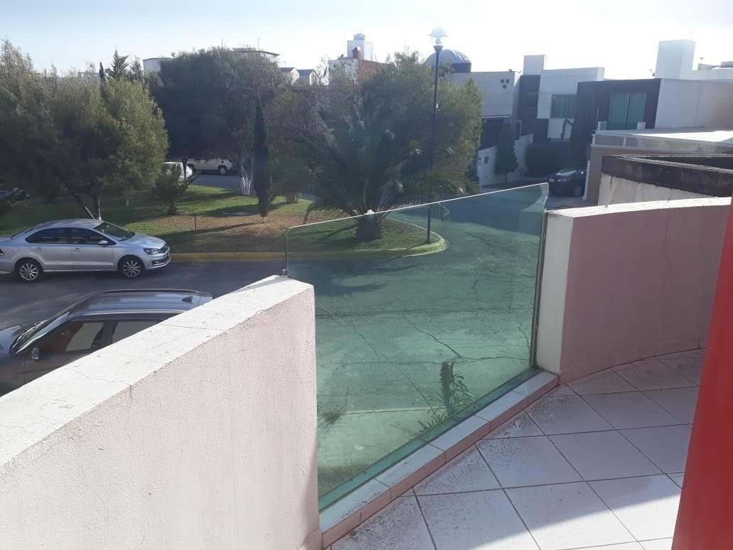 9 de 22: Renta Casa en La Moraleja Pachuca - frente áreas verdes