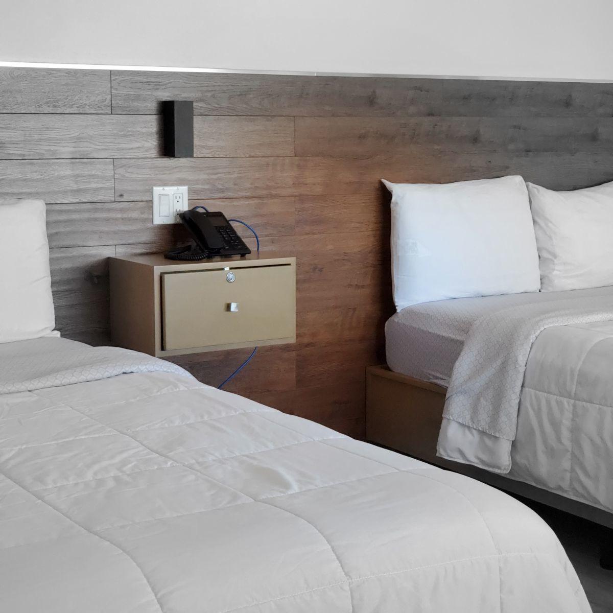 34 de 45: Hotel camas dobles