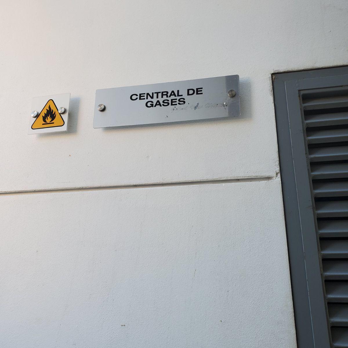 37 de 45: Cuarto central de gases