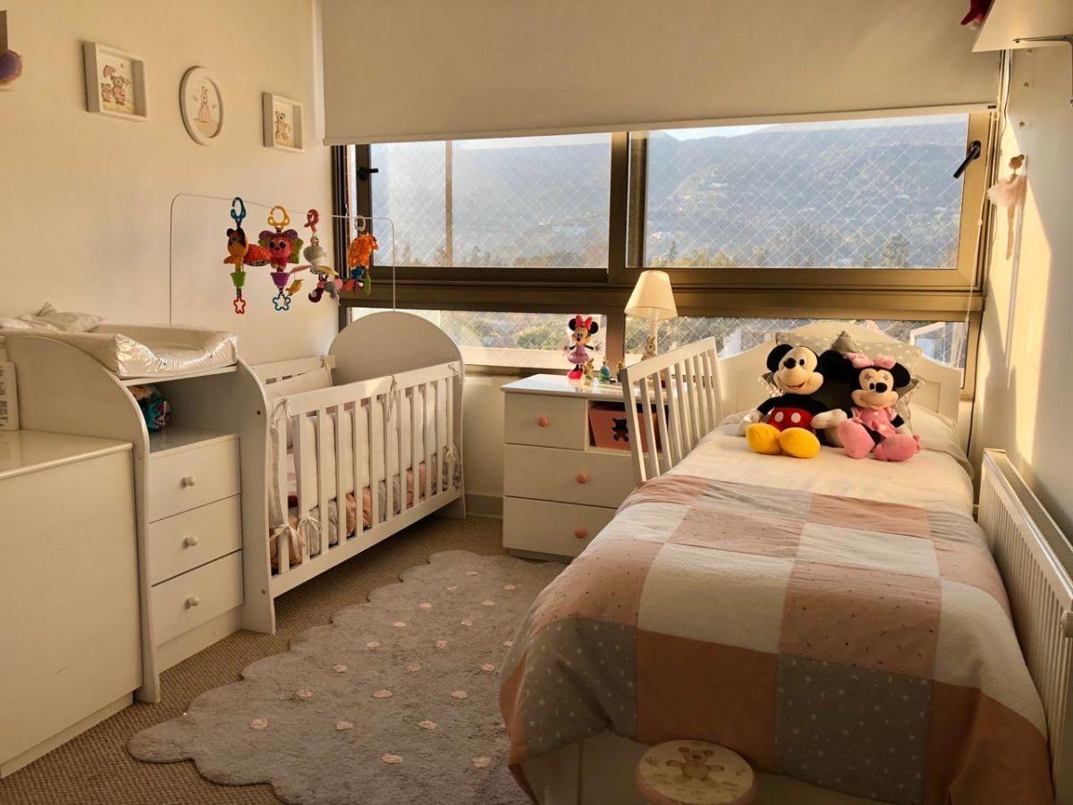 11 de 12: Dormitorio 2