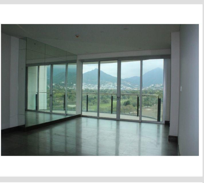 2 de 5: Sala comedor con vista panoramica.