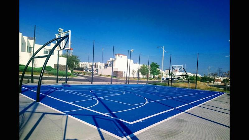 4 de 31: Cancha de Basket