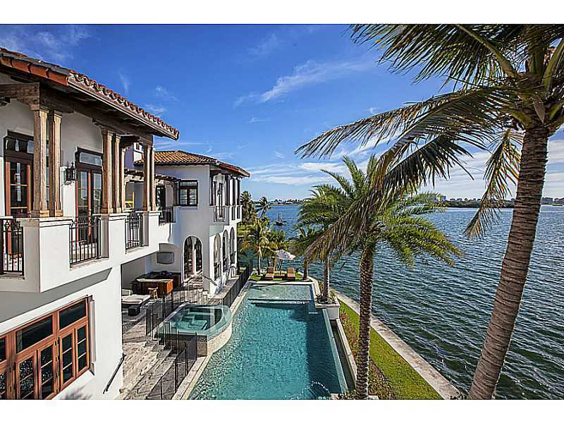 Fabulous Palazzo Di Mare Fabulous Waterfront Home For Sale In North Home Remodeling Inspirations Cosmcuboardxyz