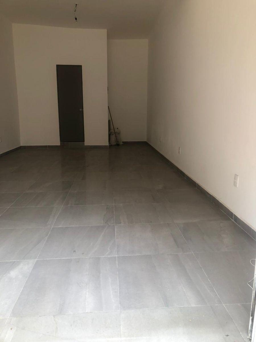 2 de 7: Interior 1