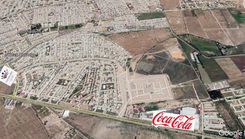 10 de 10: Acceso al fracc. aun lado de la refresquera Coca - Cola