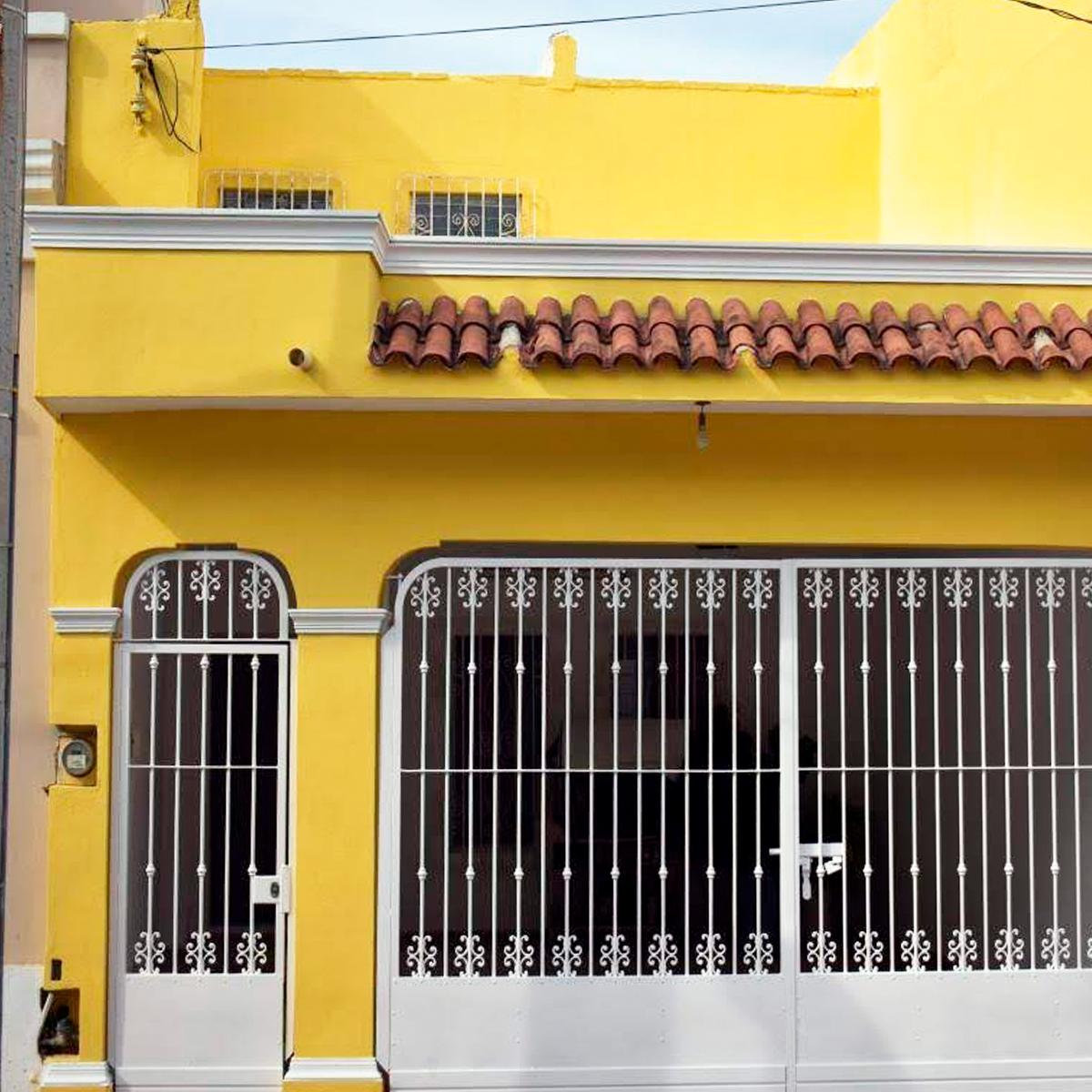 2 de 8: Amplia casa en centro historico de Mazatlán