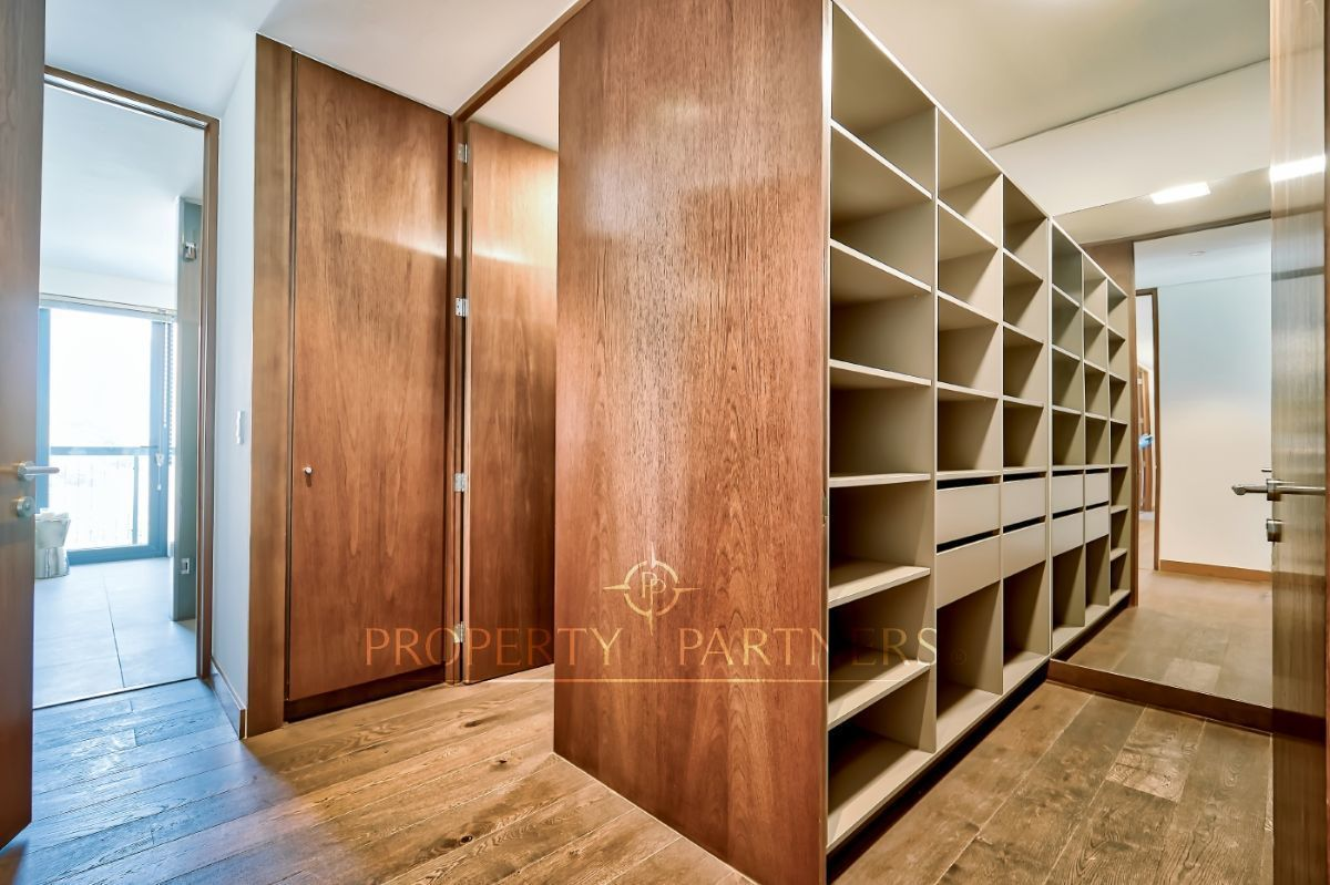 11 de 17: Walk-in- closet