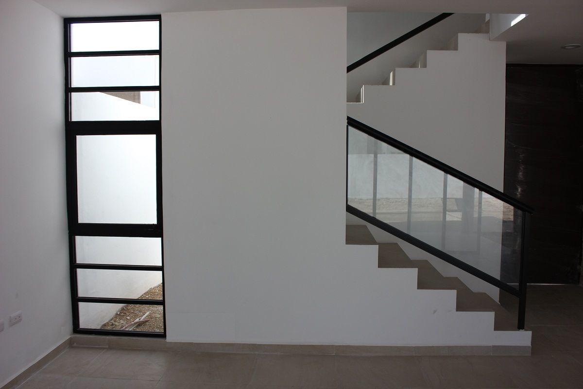 7 de 27: Escaleras