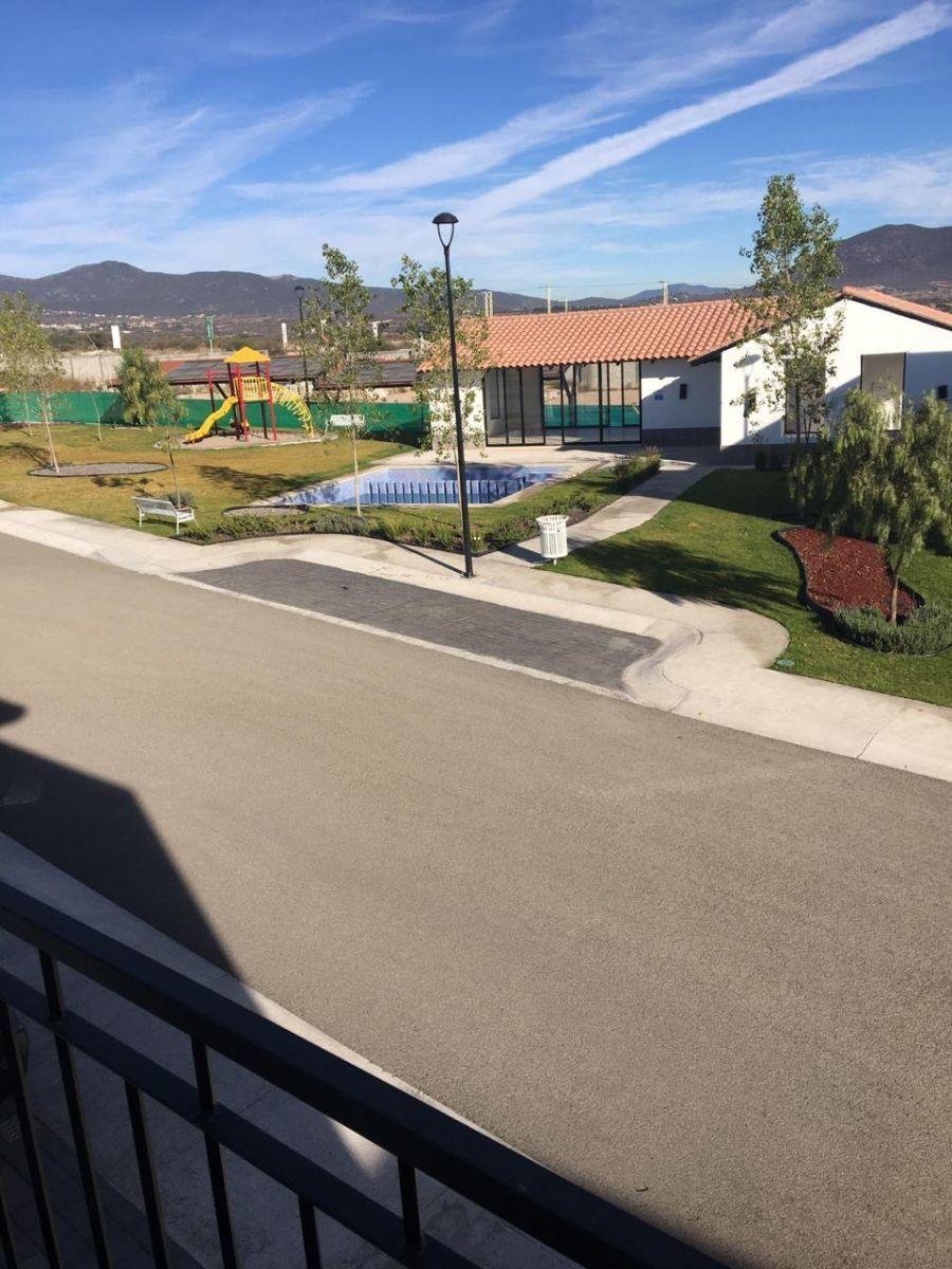 15 de 17: Alberca, salón usos múltiples, jardín, área de juegos