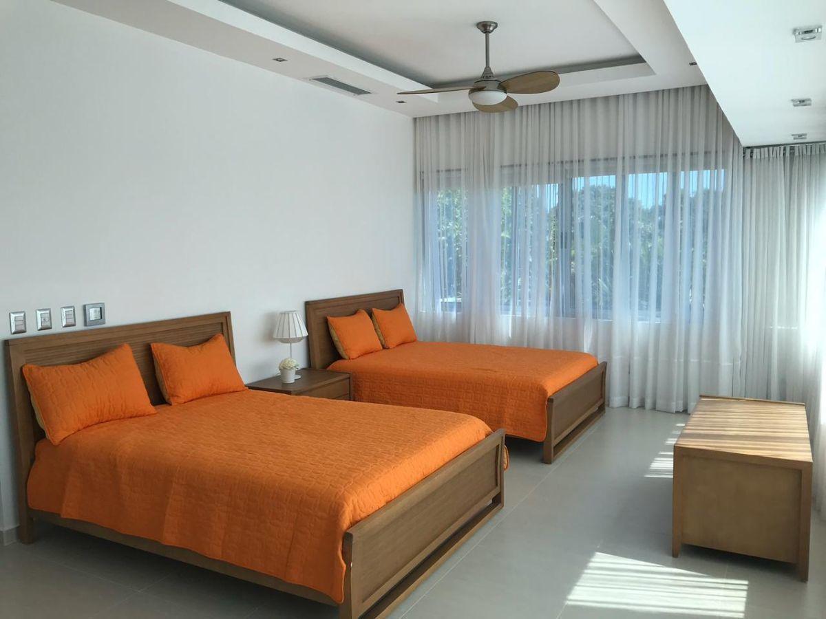 10 de 45: Villa en alquiler en cocotal 3 dormitorios