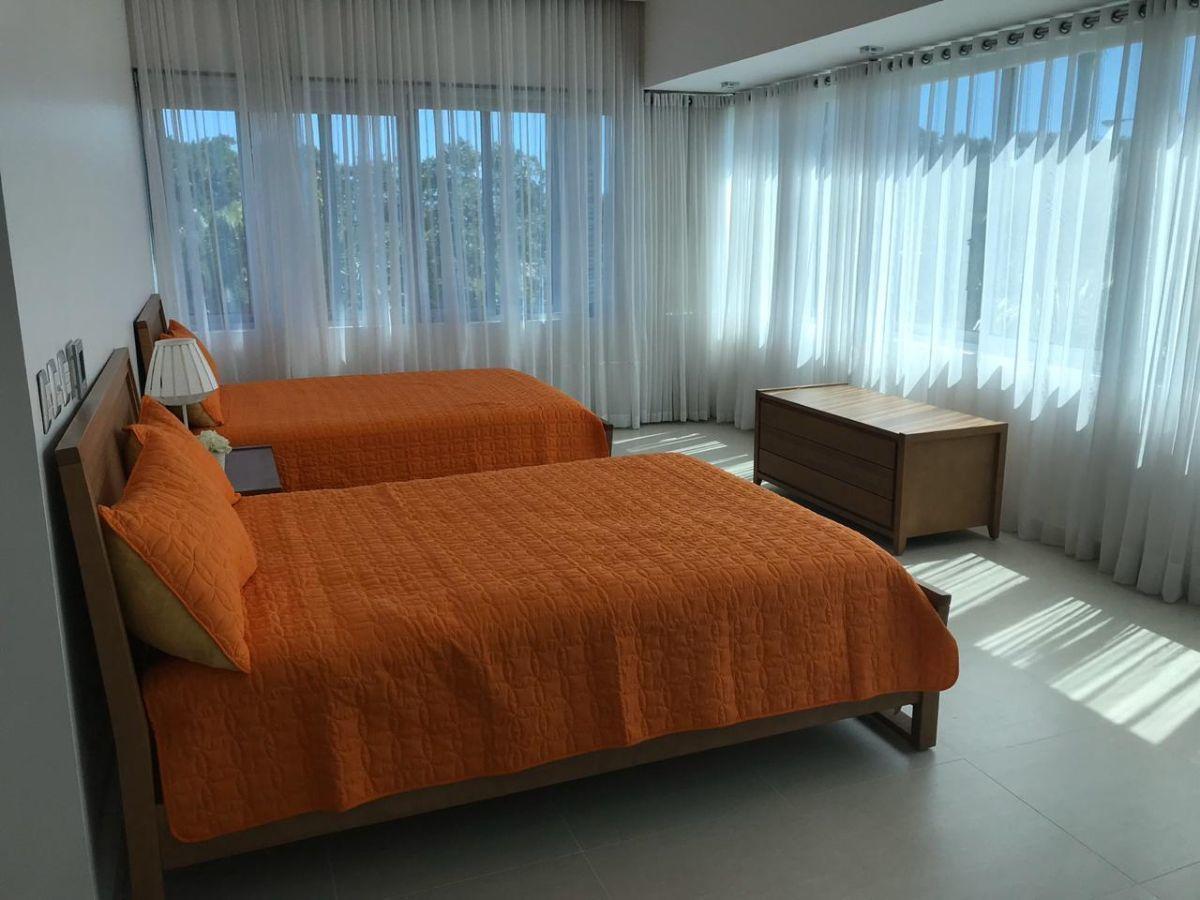 12 de 45: Villa en alquiler en cocotal 3 dormitorios