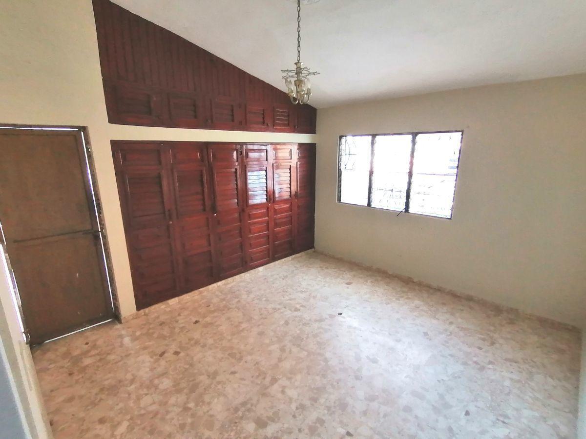 Amplia casa con 4.5 habitaciones y 3 parqueos en SFMimage10