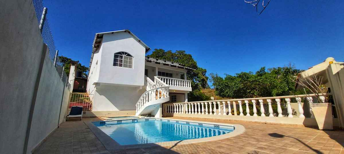 1 de 22: House with pool for rent in Rio San Juan Dominican Republic