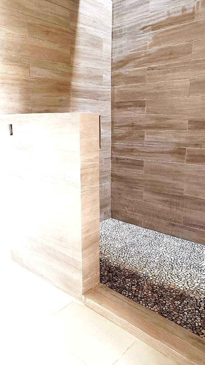 14 de 25: Baño Completo