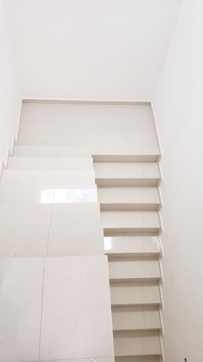 11 de 25: Detalle de Escaleras