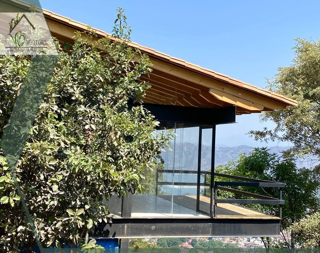 4 de 13: www.vbraeltors.net Casa en venta