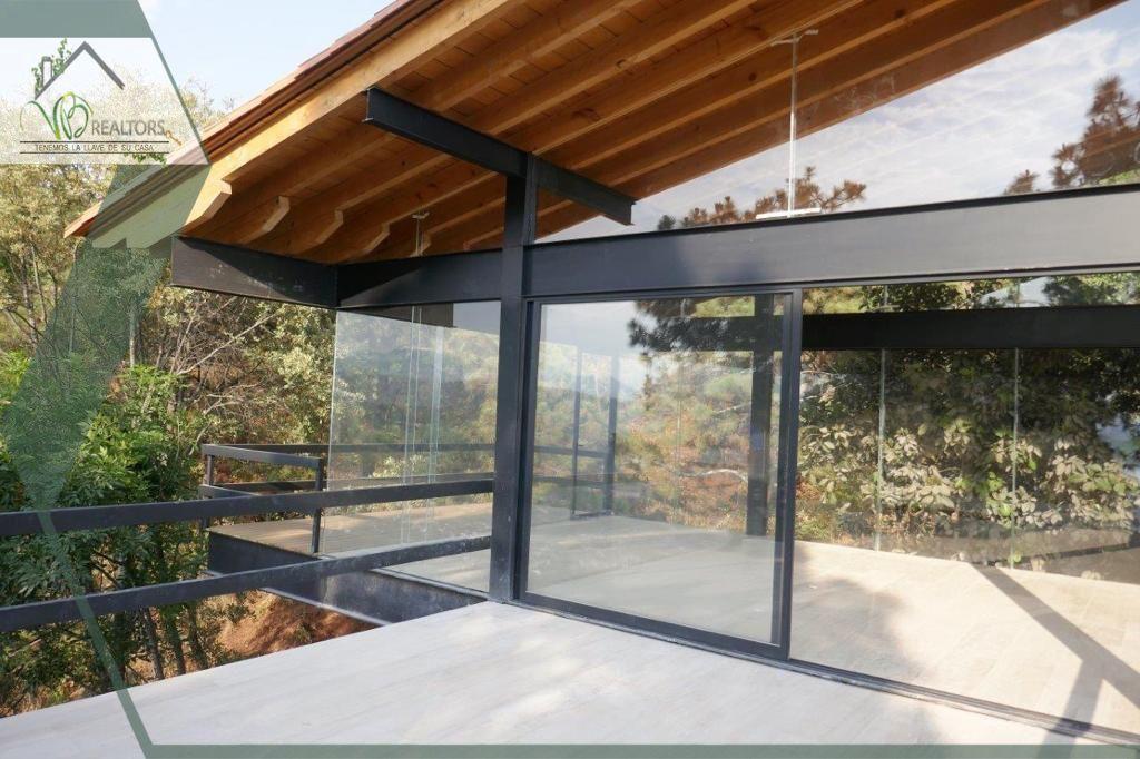 9 de 13: www.vbraeltors.net Casa en venta