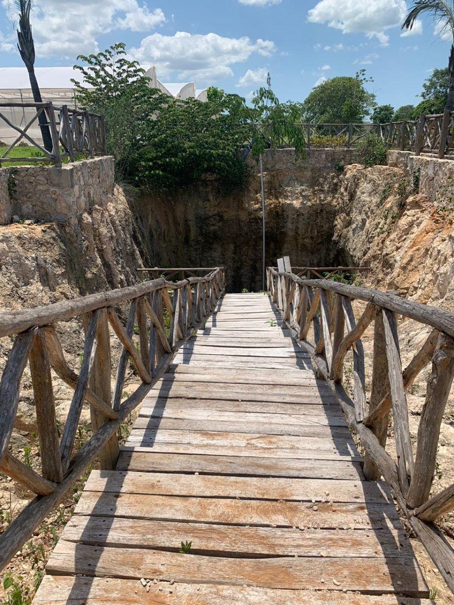 6 de 14: acceso a cenote