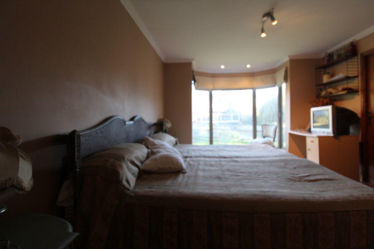 6 de 18: Dormitorio Secundario