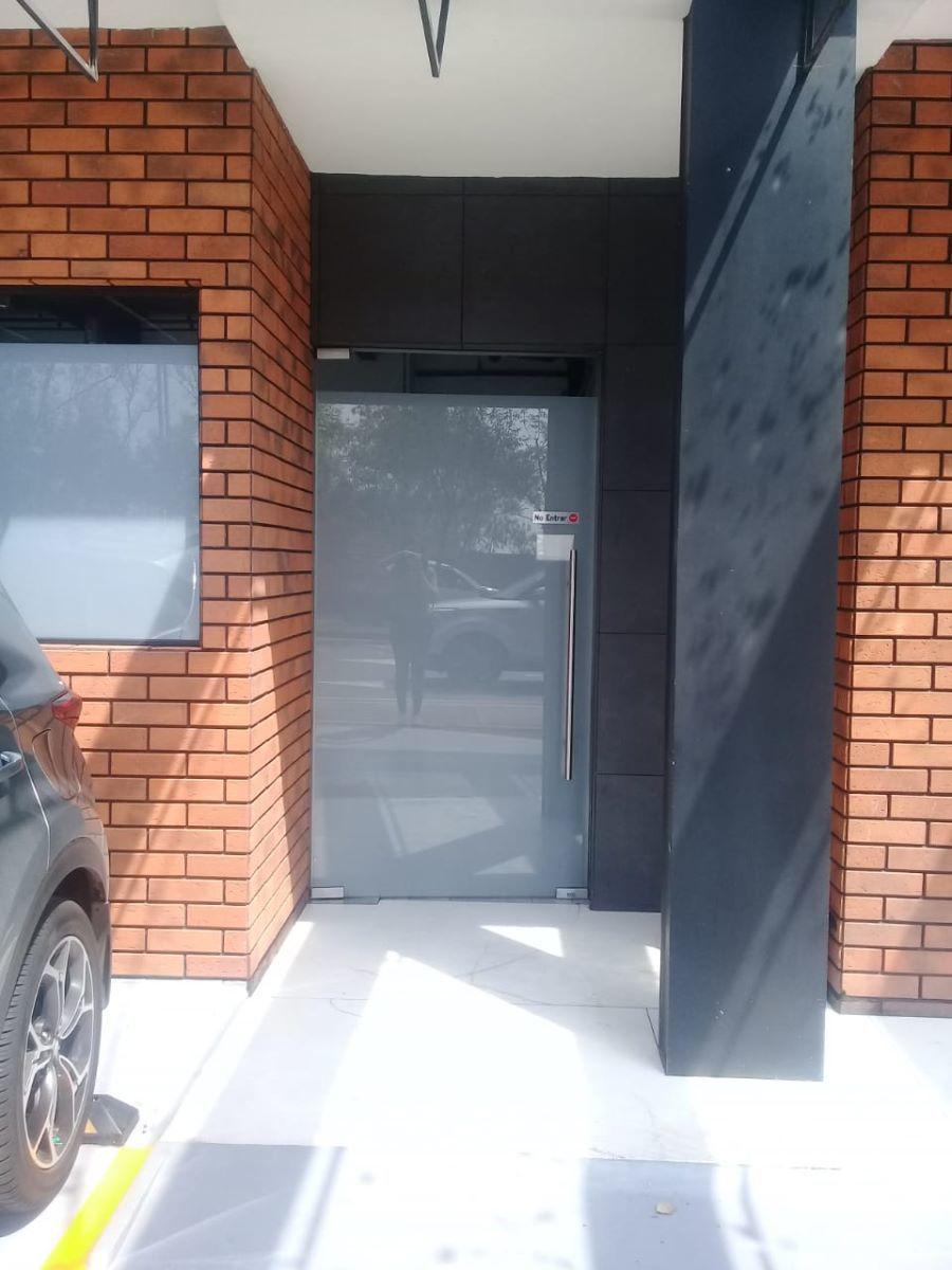 3 de 10: Puerta de entrada