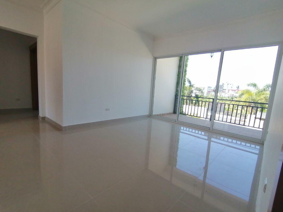 Amplio y moderno apartamento, 2do nivel, salida a Sto. Dgo., SFM.image2