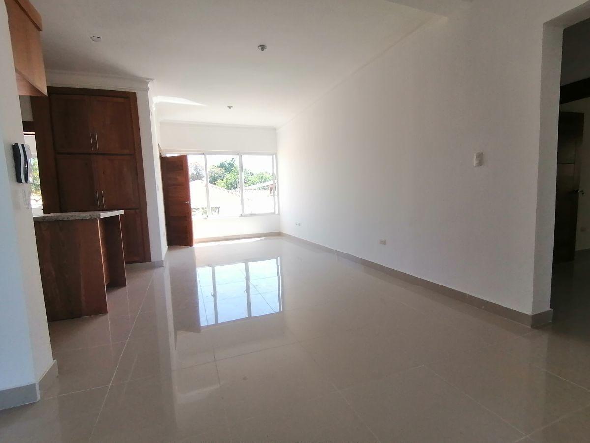 Amplio y moderno apartamento, 2do nivel, salida a Sto. Dgo., SFM.image4