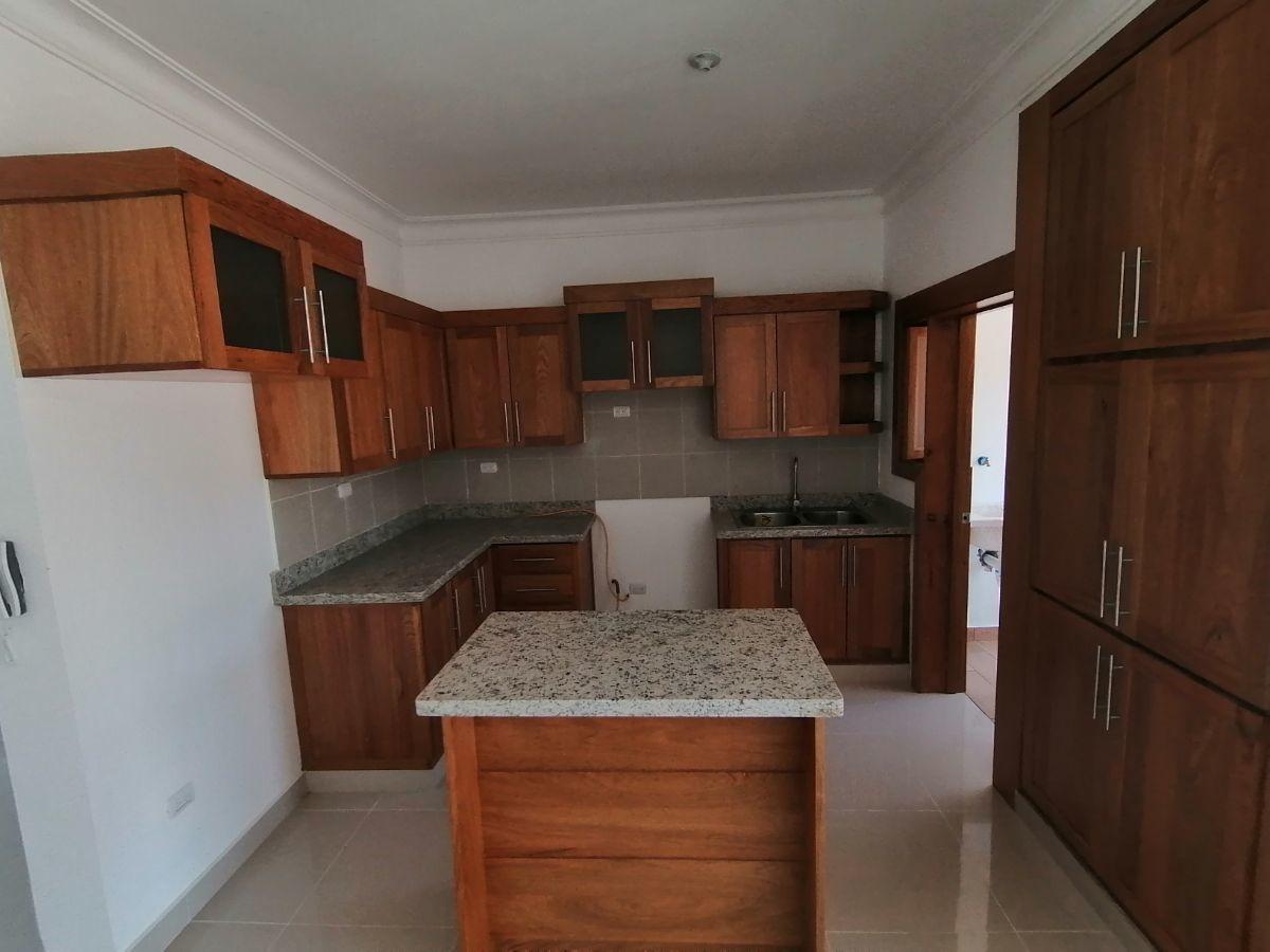 Amplio y moderno apartamento, 2do nivel, salida a Sto. Dgo., SFM.image6
