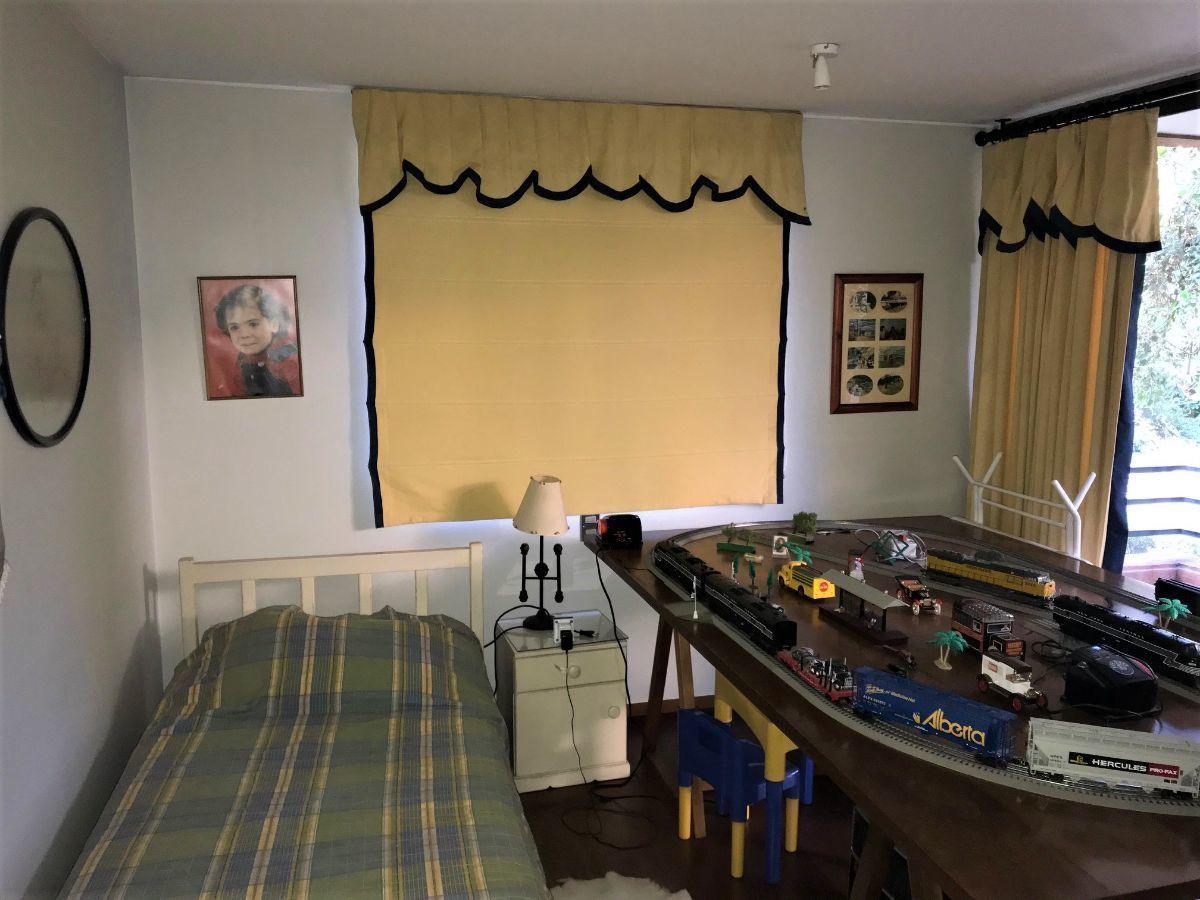 12 de 16: Dormitorio 3
