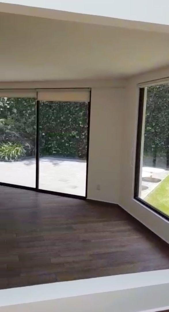 6 de 29: sala con vista a la terraza