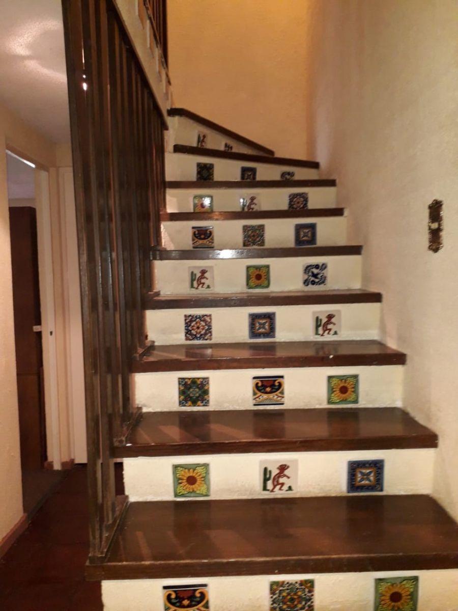 9 de 21: escaleras