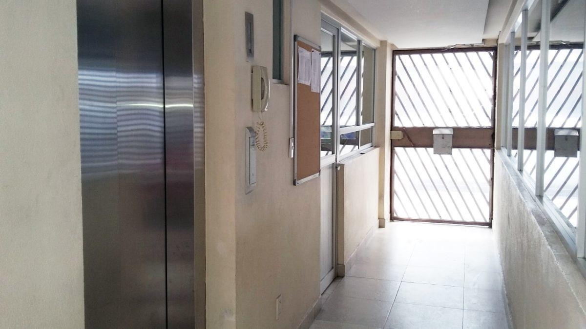 14 de 16: elevador