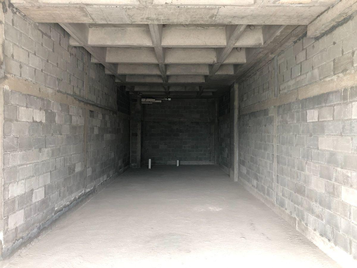 4 de 4: Vista interior del Local