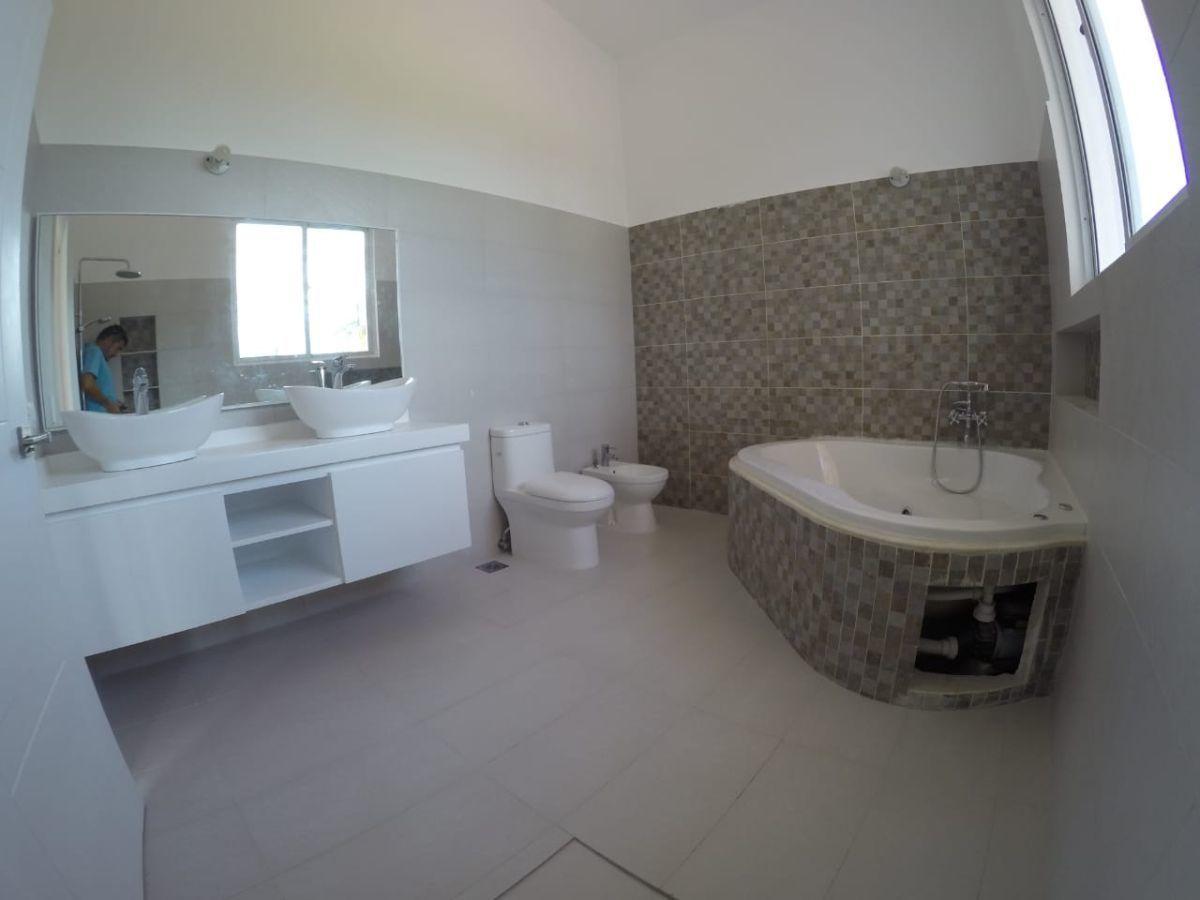 25 de 30: Villa en venta cocotal 4 dormitorios nueva punta cana