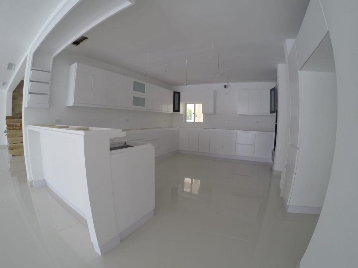 29 de 30: Villa en venta cocotal 4 dormitorios nueva punta cana