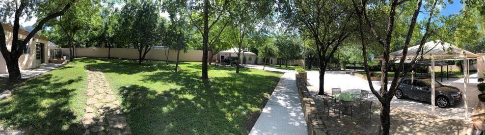 3 de 23: Vista panorámica Jardín