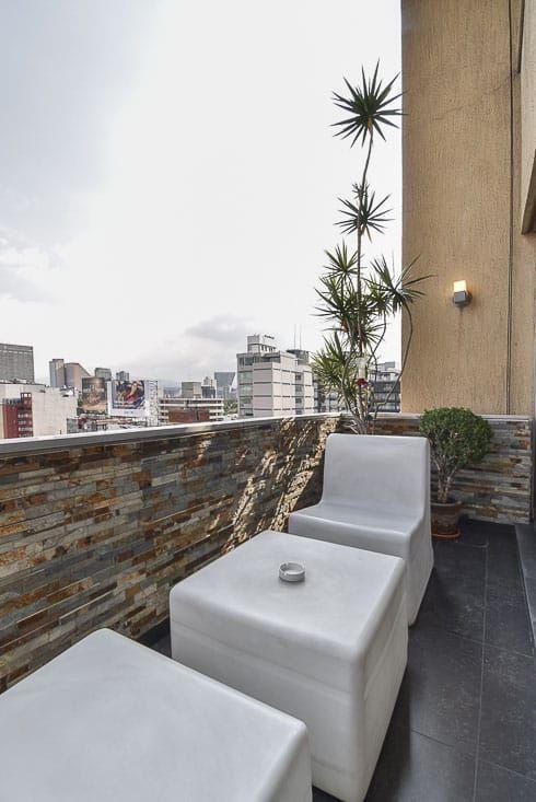 12 de 26: Balcón