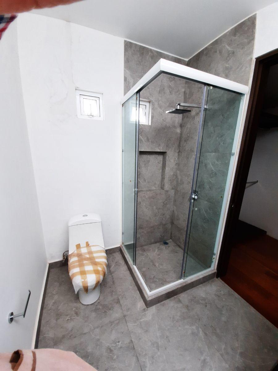 12 de 15: baño principal
