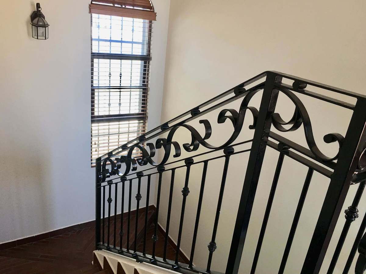 15 de 27: cómodas escaleras