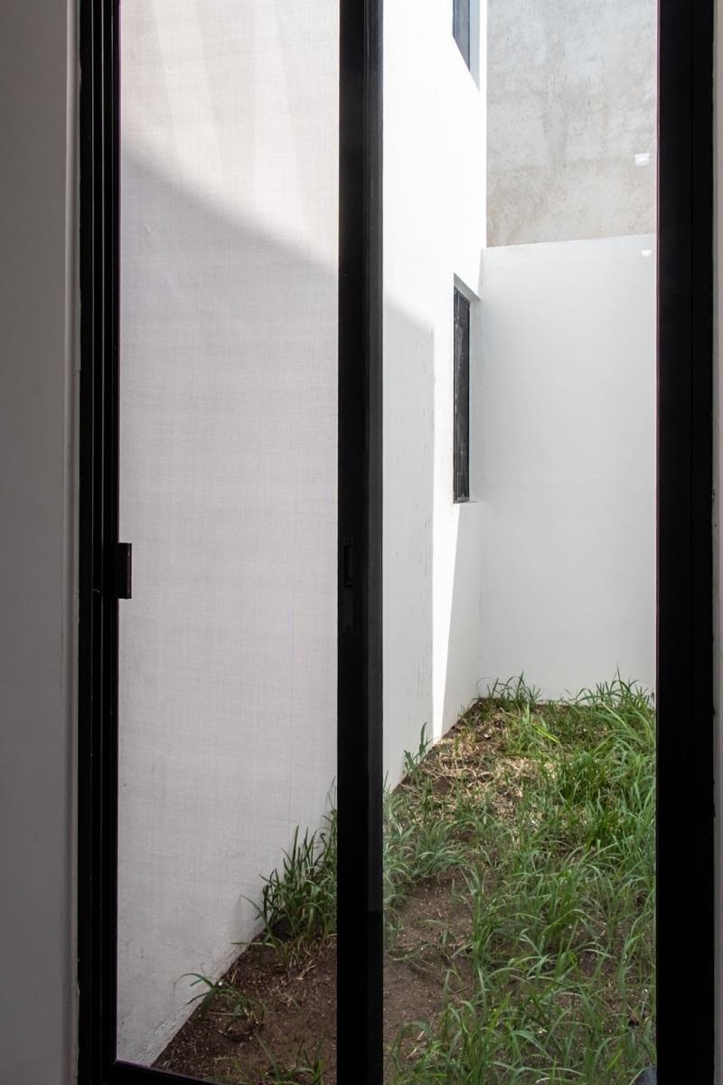 5 de 33: Jardín interior