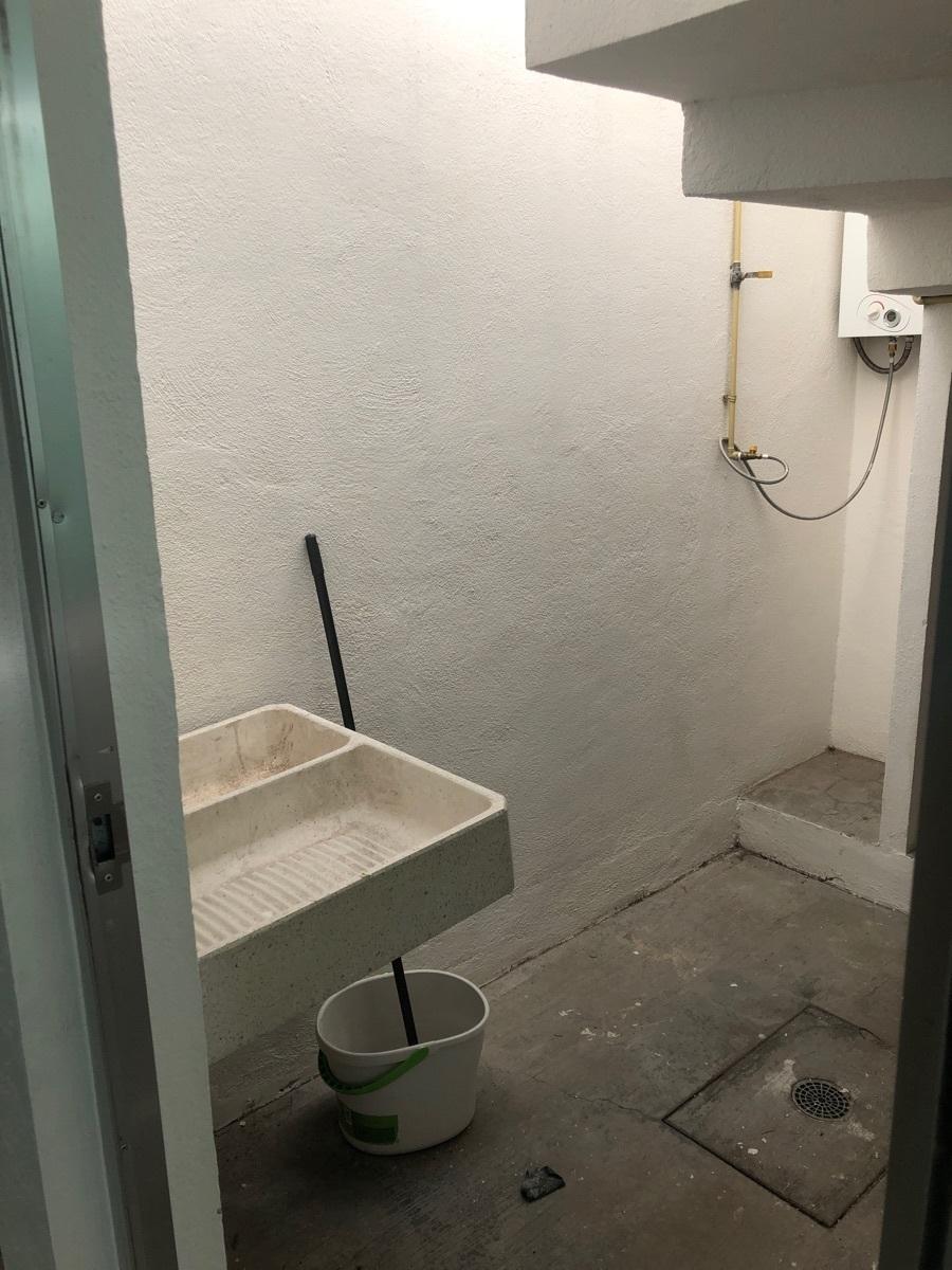 6 de 23: Area de lavado techada