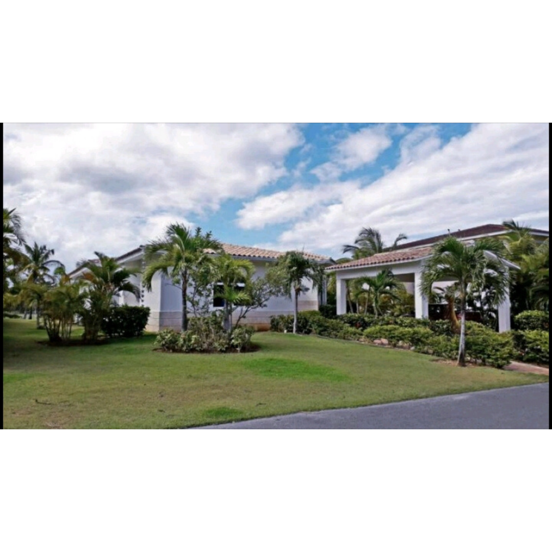 12 de 50: villa punta cana 3 dormitorios piscina privada