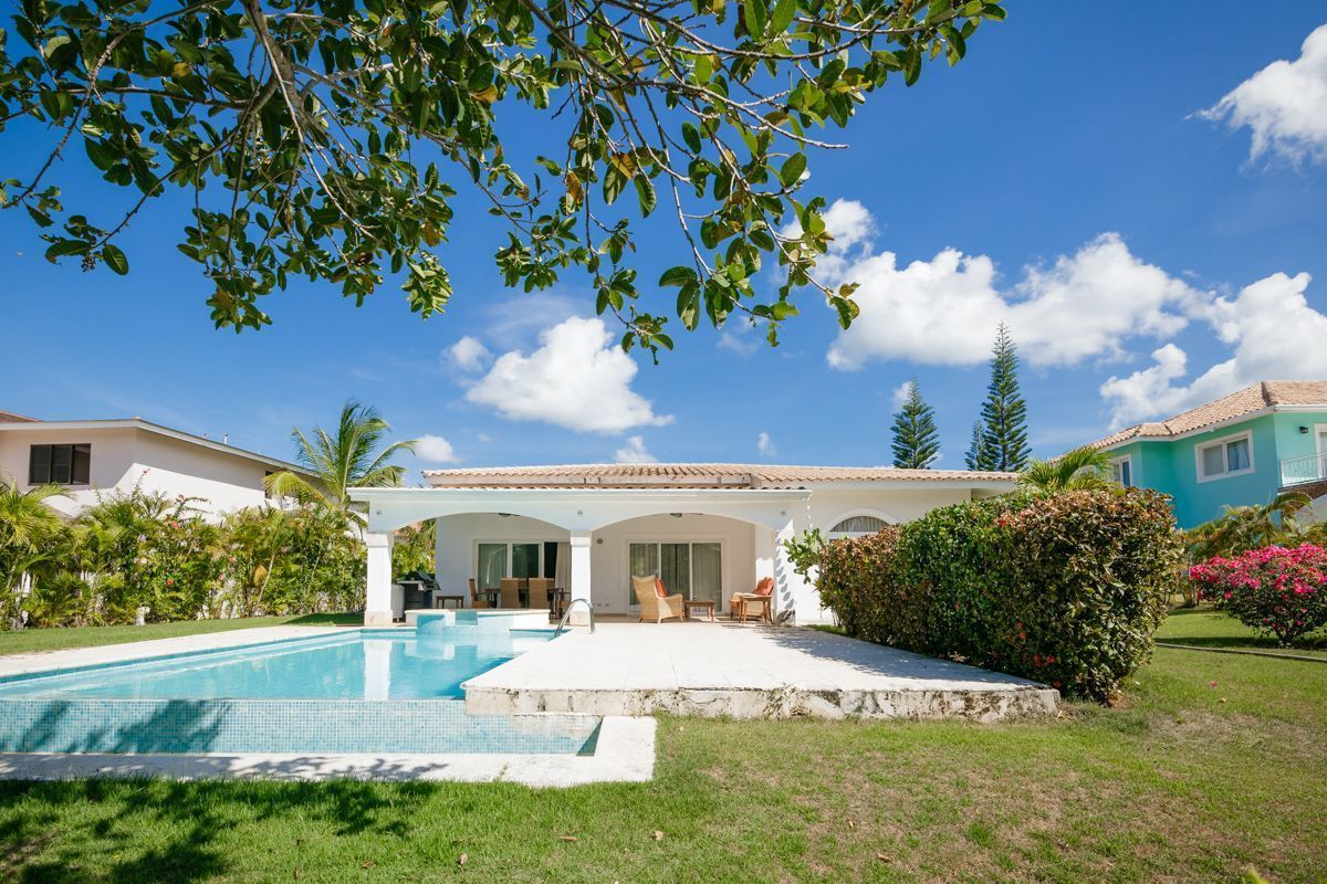 3 de 50: villa punta cana 3 dormitorios piscina privada