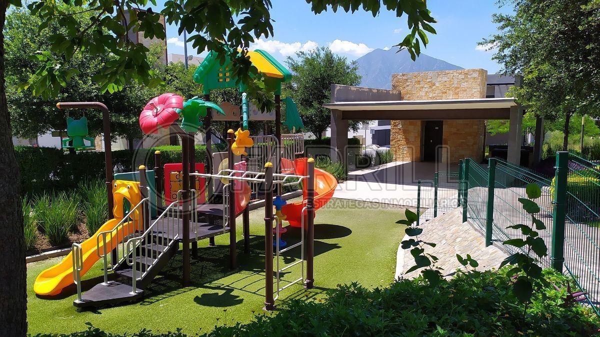 8 de 17: Amenidades - Área Juegos Infantiles