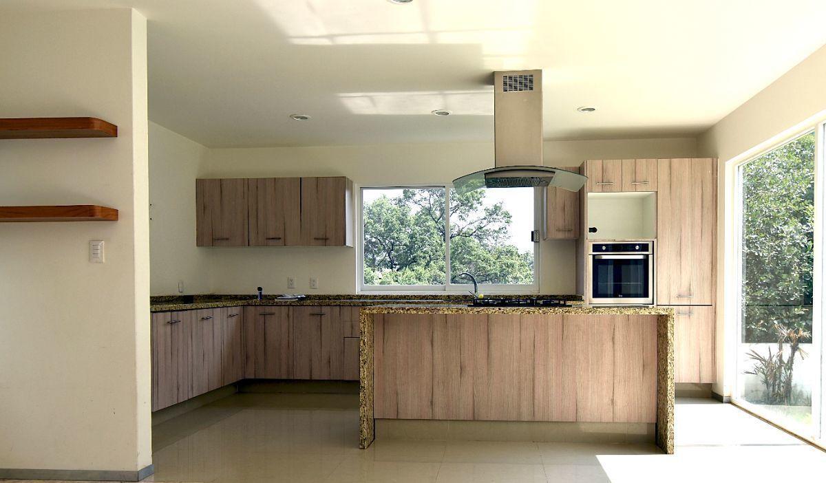 2 de 24: Vista de la cocina