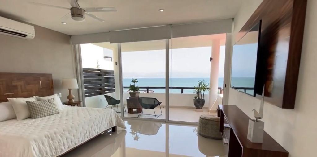 9 de 17: Casa con vista al mar