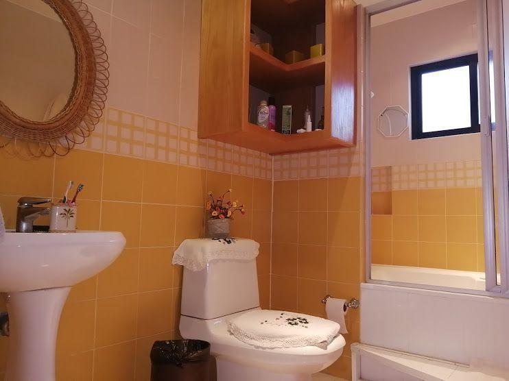 34 de 45: baño con jacuzzi