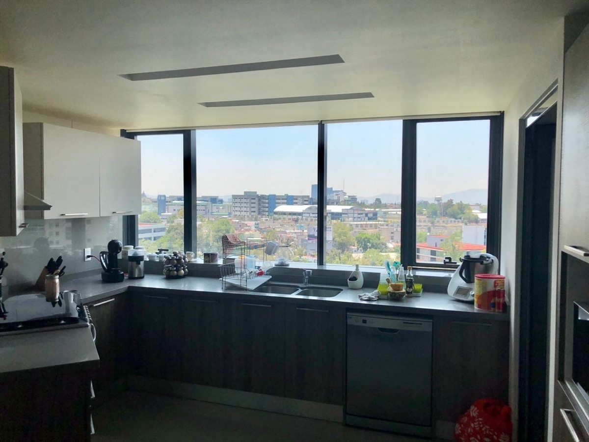 7 de 13: Cocina espaciosa