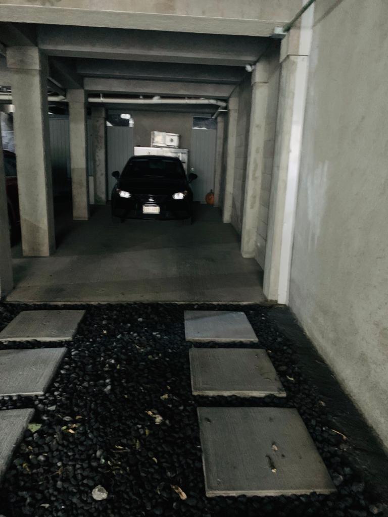 20 de 21: Estacionamiento