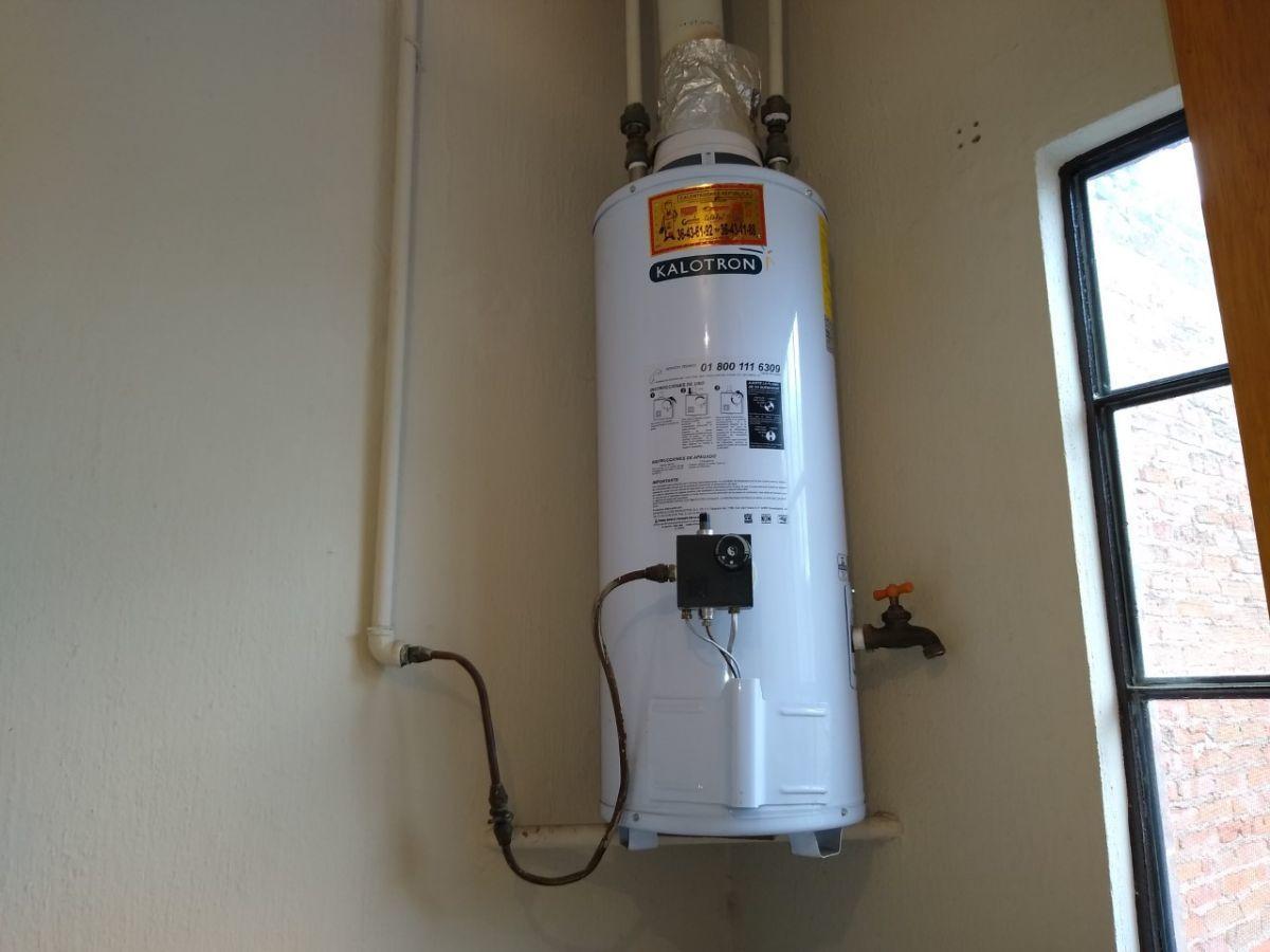 13 de 38: Boiler casi-nuevo